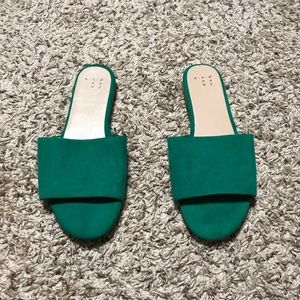 Green sandals size 6